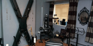 Hoxton Dungeon Suite ,UK- KinkBNB